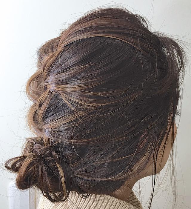 傷んだ毛先隠し!美髪度あげるヘアアレンジ_横