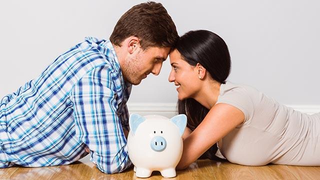 彼氏が大好きだけど、収入が低い!上手に付き合うコツは?