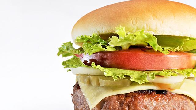 ダイエット中でも食べたくなるファーストフードの活用術