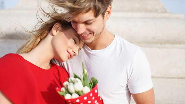 男性が恋に落ちる瞬間って!?女性との違いとは…