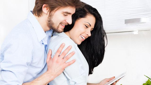 男性にモテる女性の日常的行動9パターン