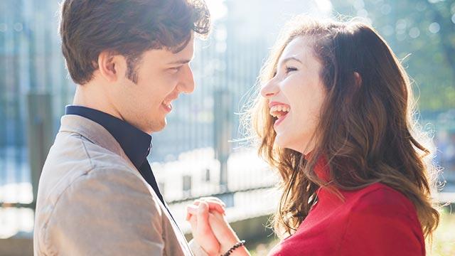 男性が「彼女のことを愛しているんだ」と実感する瞬間 6パターン