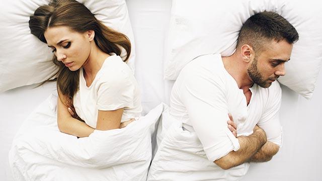 片思いの相手は本当に独身?見極め方と既婚者を好きになった時の対処法
