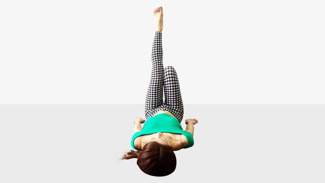 簡単なのに即効性あり!モデルもやってる脚痩せエクササイズ�@むくみすっきりエクササイズ