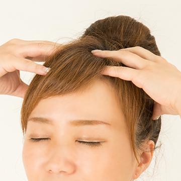 たるみ予防や小顔に効果的♪セルフで出来るヘッドマッサージ術