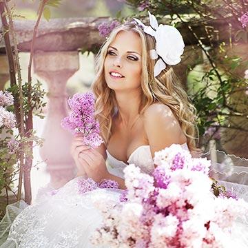 結婚したい!みんなの婚姻届を出すタイミングは?|健康美人