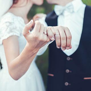婚活成功の鍵はセルフブランディングにあり!おすすめの方法はコレ?|健康美人