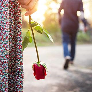 自己肯定感が低い女性の恋愛は短命に終わりがち...