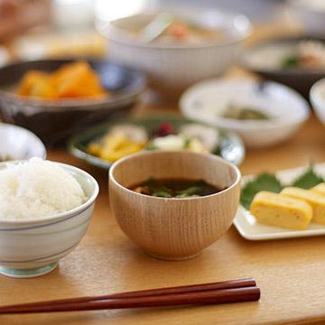いつもの食事に+αで痩せやすくする『食べ合わせ』の方法|健康美人