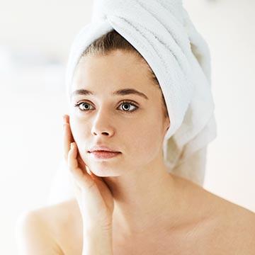 肌トラブルや老化を招く原因に!肌のバリア機能を下げるNG習慣3つ