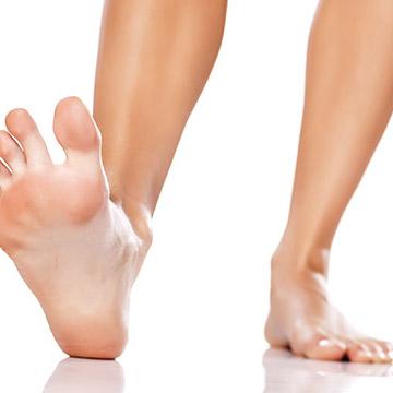足指を広げるだけで足のむくみ解消や足首が細くなる!足のケア編