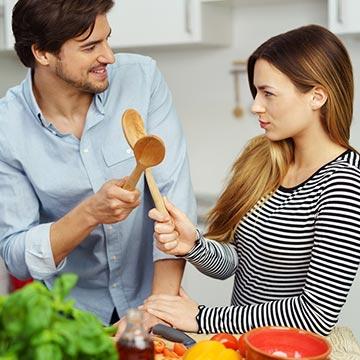 料理できない彼女のことを彼氏はどう思っている!?男性の本音 5パターン