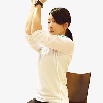 二の腕「アーノルドプレス〜脇肉エクササイズ�@〜」